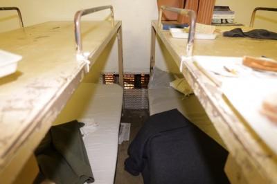 OC Jailbreak Cut steel screen in Mod F Tank