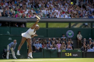 Serena Williams Serving at 124 MPH